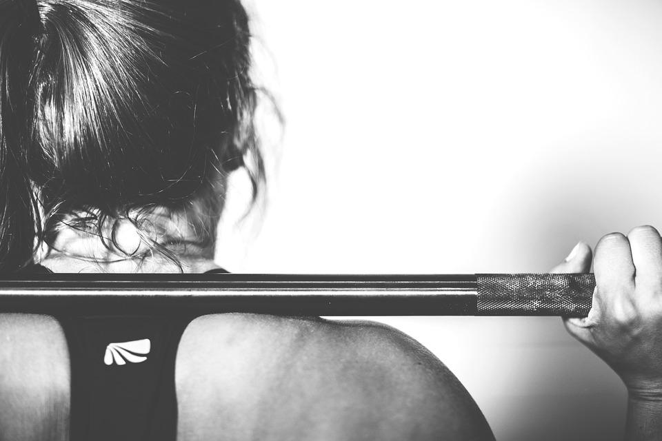 Redukcja masy ciała w sporcie wyczynowym czynniki wpływające na spalanie tkanki tłuszczowej